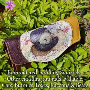 Clutch wallet (Cuddling Squirrels)