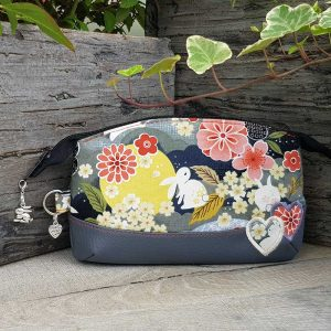 Accessory pouch (Japanese style)