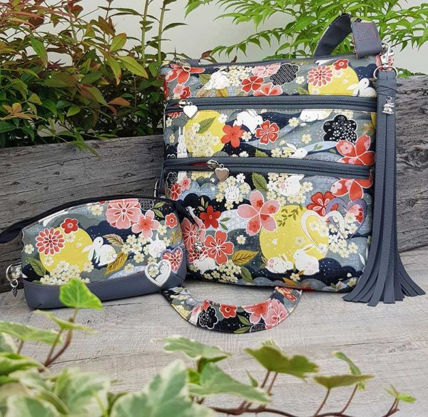 Cross-body-organiser-bag-Japanese-Floral