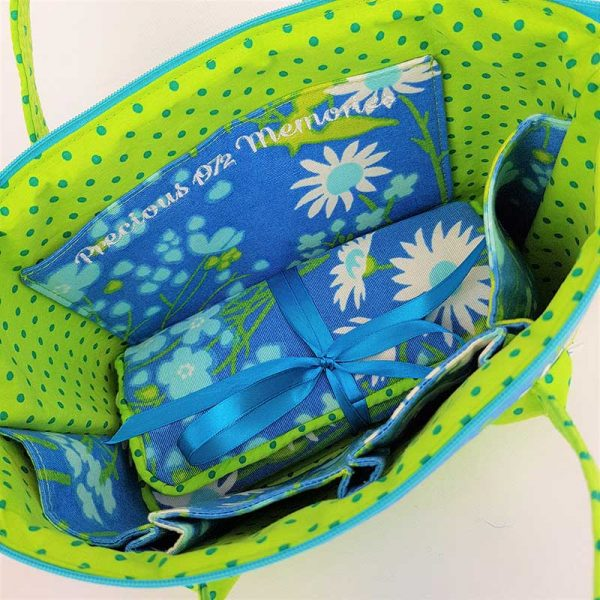 Up-cycled-Retreat-bag-and-Jewellery-Roll-Retro-Daises-Precious-1972-Memories